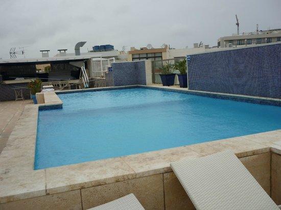 Hotel Juliani: Pool auf dem Dach