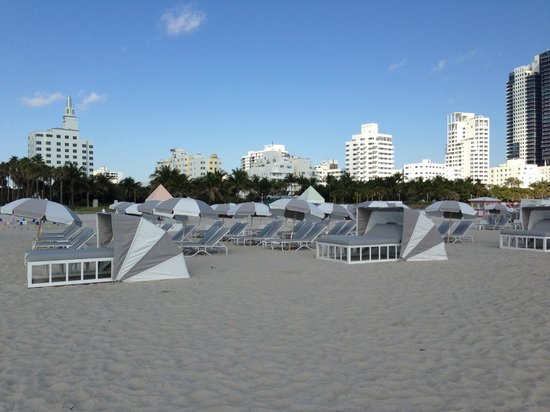 Delano South Beach Hotel: Spiaggia al top!