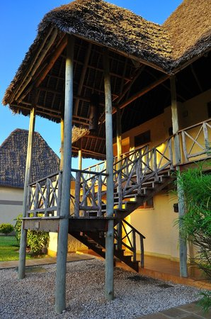 Neptune Pwani Beach Resort & Spa : our entrance to the room