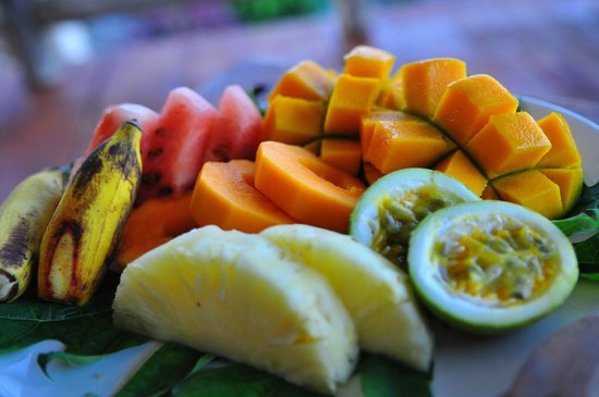 Neptune Pwani Beach Resort & Spa: fresh fruits from the island