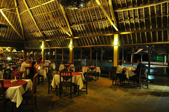 Neptune Pwani Beach Resort & Spa: Smoking area but with more ambience