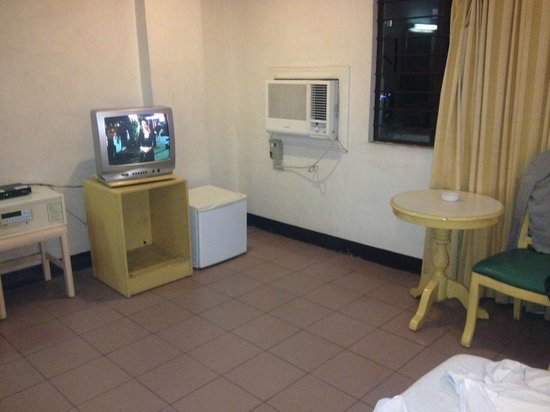 Diplomat Hotel: TV