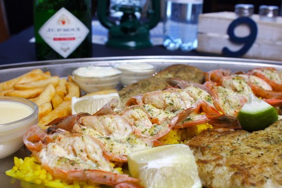 On The Harbour : Seafood Platter, always a winner