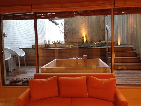Hotel Meizanso: Open air onsen