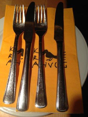 Krahvogel: Table Set up!