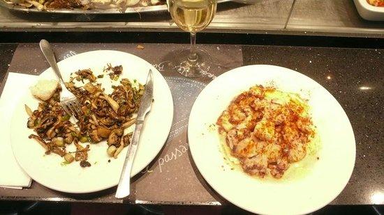 Kiosko Universal: Sauteed mushrooms and spicy octopus
