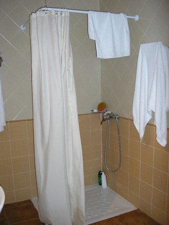 Hotel Supermolina: baño