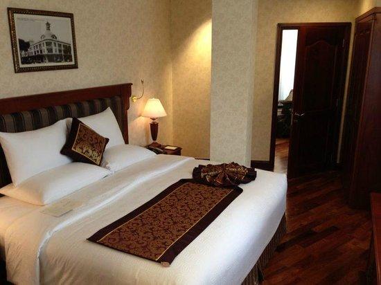 Rex Hotel : Quarto