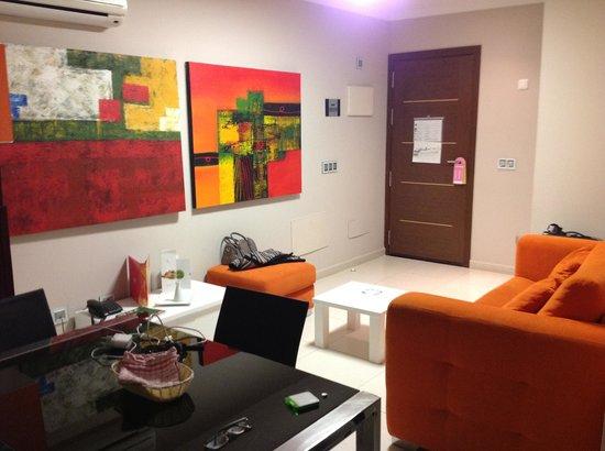 Las Villas de Amadores: Livingroom, 1 bedroom apt