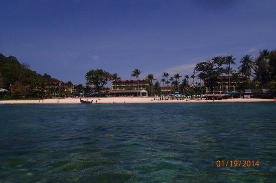 Merlin Beach Resort: Merlin Beach, set fra havet