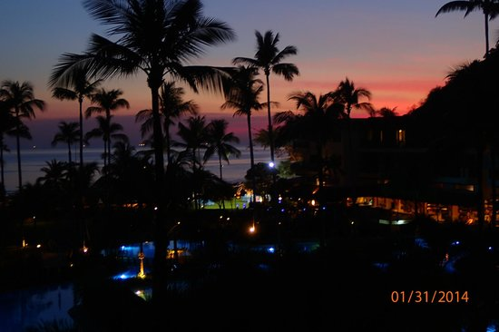 Phuket Marriott Resort & Spa, Merlin Beach: Solnedgang