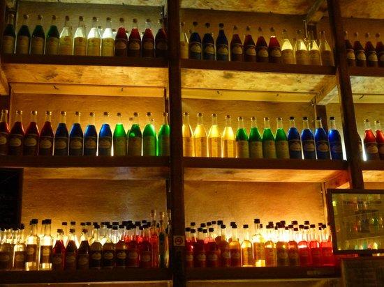 Brettos Bar: salle