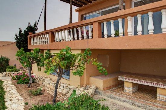 Fa ade c t jardin et mer picture of villa taghazout bay - La cremaillere cote mer et hotel cote jardin ...