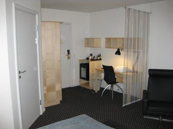 Comwell Korsør : Alt inventar er nyt og værelset er smagfuldt indrettet.