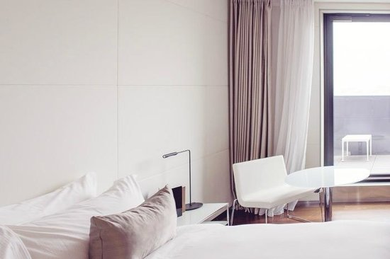 ME London Hotel: The room :)