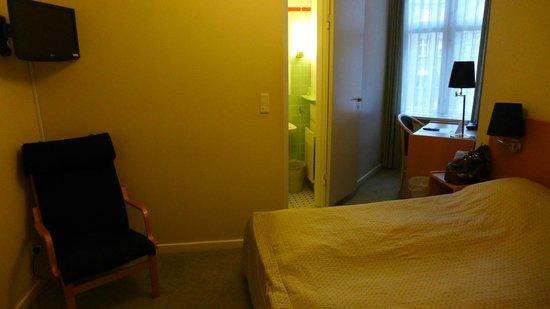 Hotel Nebo : Bedroom
