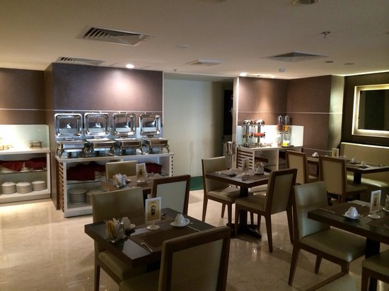 GK Central Hotel: Hotel Dining Area