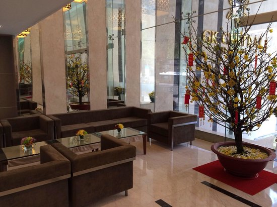 GK Central Hotel: Reception Waiting Area
