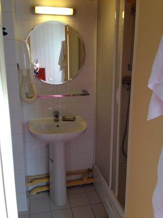 Hôtel Bellevue Paris Montmartre : Rent och välstädat både i rum och badrum.