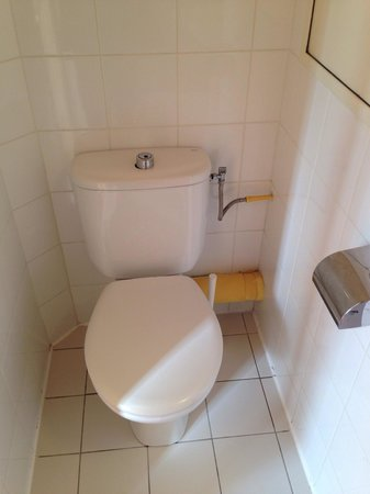 Hôtel Bellevue Paris Montmartre : Rent badrum, inga konstigheter.