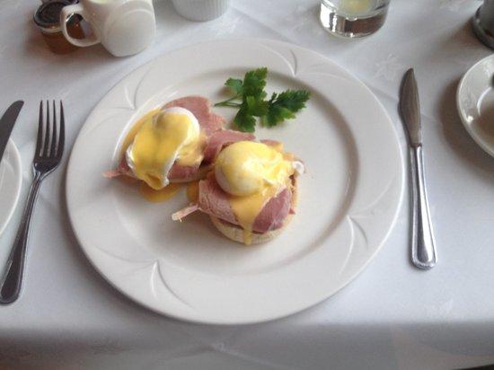 The Eltermere Inn: Eggs Benedict