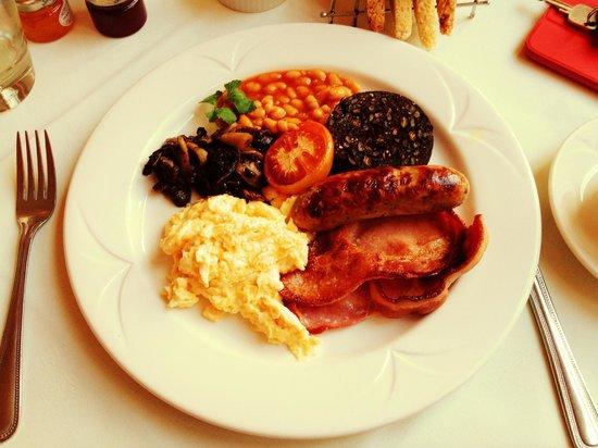 The Eltermere Inn: Full English Breakfast