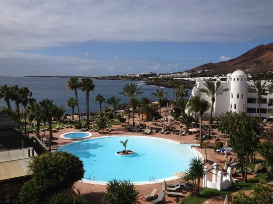 H10 Timanfaya Palace: View from bar terrace