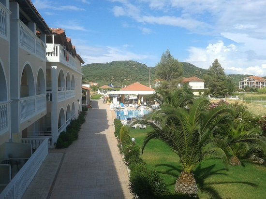 Plessas Palace Hotel: Nice view from balcony