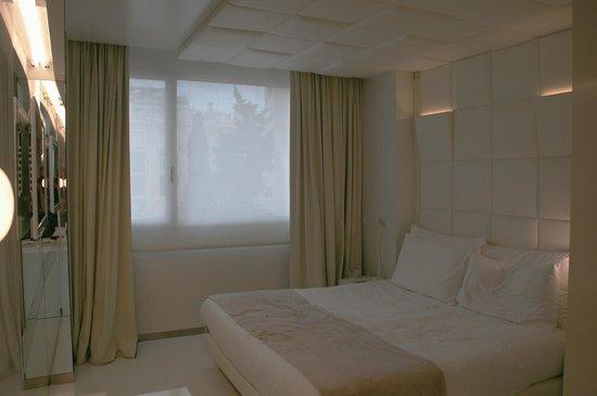 The Mirror Barcelona: Room