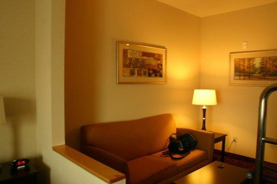 Super 8 Natchez : Large Bedroom