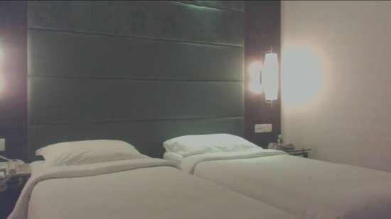 Ashraya International Hotel: Room view