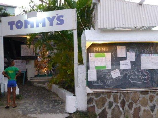 Tommy Cantina: Entrance
