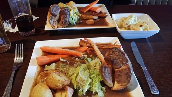 The Parrot Bar and Grill: Roast beef