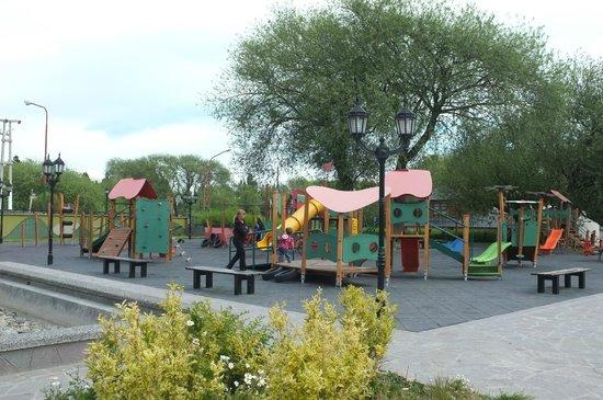 El Calafate, Plaza de los Pioneros: Ótima praça para entreter a criançada.