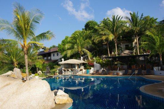 Jamahkiri Resort & Spa: бассейн