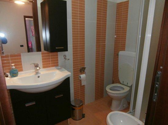 Baglio Busalacchi : bagno stanza singola