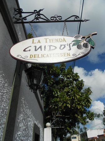 La Tienda Guido's : Located on the corner of 10th street and 15th Ave: three blocks up from the coast. on Calle 10