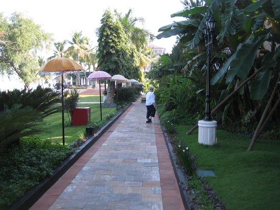 Vivanta by Taj - Malabar: Hotel Grounds