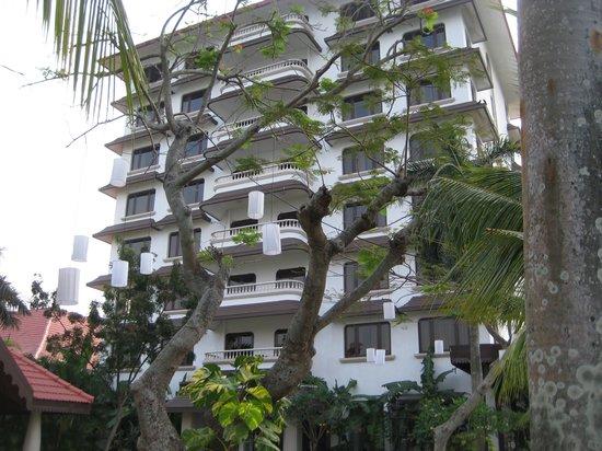 Vivanta by Taj - Malabar: New tower