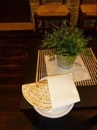 Piada e Cassoni da Ciana e Monda: Cassone al tavolo