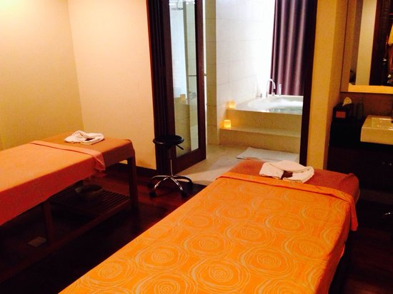 Courtyard by Marriott Bali Nusa Dua Resort: SPA couple therapy room