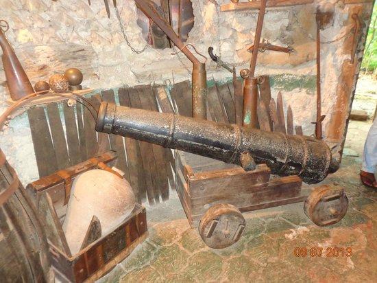 Morgan's Cave : Cañón pirata
