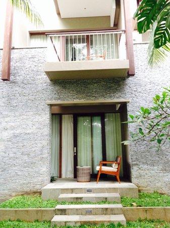 Courtyard Bali Nusa Dua Resort: Premium Deluxe ground floor