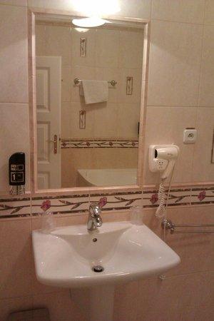 Hotel Carpe Diem : badrummet 1