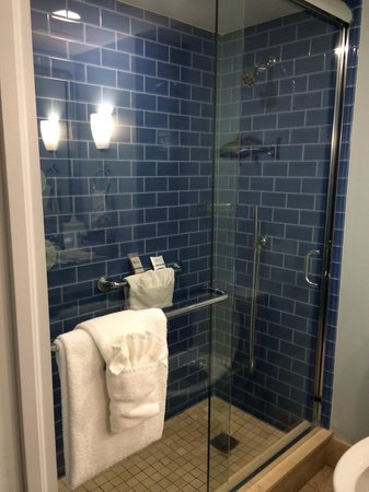 The Naples Beach Hotel & Golf Club: Bathroom, 619 Watkins building