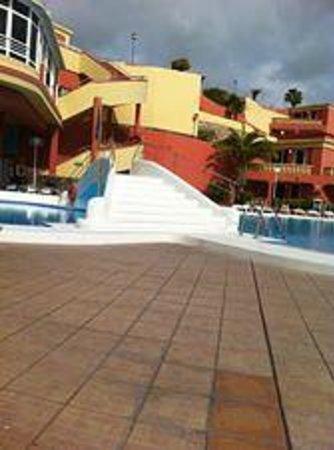 Laguna Park 2: Pool Area