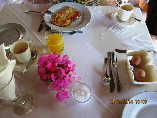 African House Resort : Завтрак