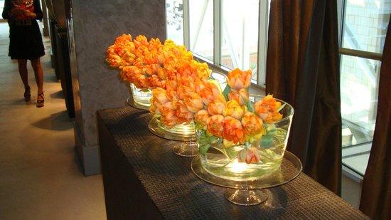 Hotel Arts Barcelona: More Flowers everywhere!