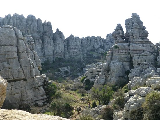Paraje Natural Torcal de Antequera: Walking between the amazing formations