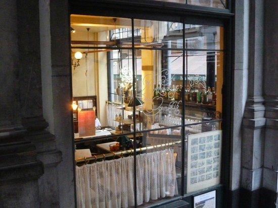 Restaurant de l'Ogenblik: bei Tag